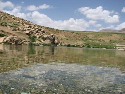 چشمه دیمه در منطقه کوهرنگ