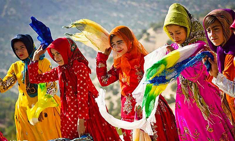 لباس و آداب رسوم بختیاری