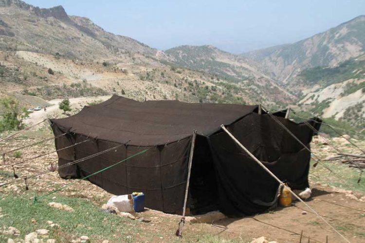 سیاه چادر بوم گردی ملک آباد کوهرنگ